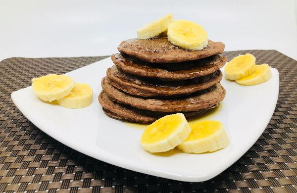 Pancakes de Avena y Chocolate Sin Harina - RecetasFusion