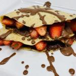 crepes-integrales-con-nutella-y-fresas-version-saludable-RecetasFusion
